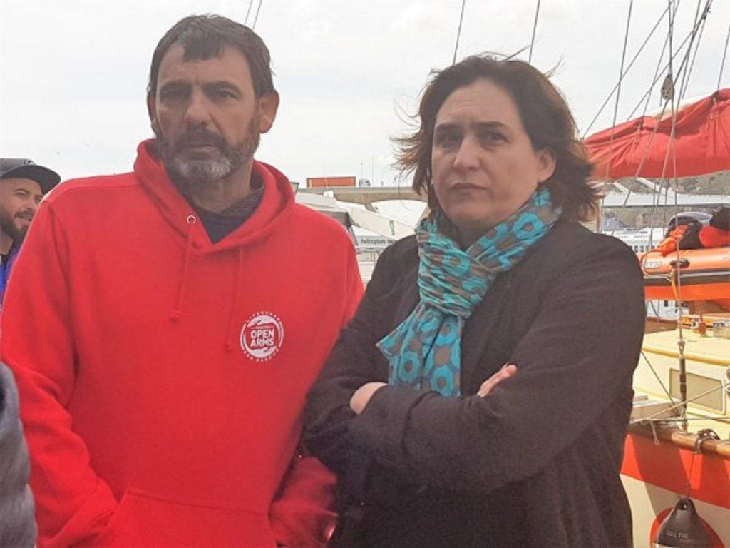 Oscar Camps y su subvencionadora Ada Colau