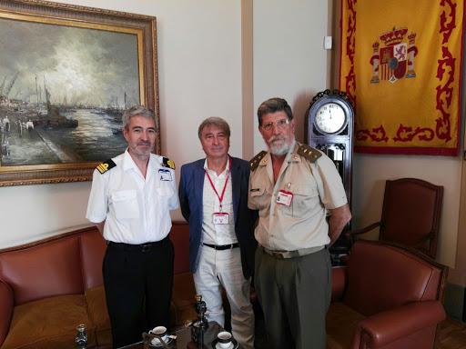 Jordi Bonet con dirigentes de la FEDAS