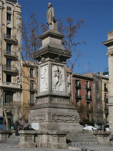 Monumento a Antonio López en Barcelona